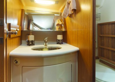 MH42ss_interior-v02