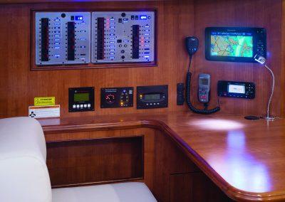 MH50cc_interior-H04