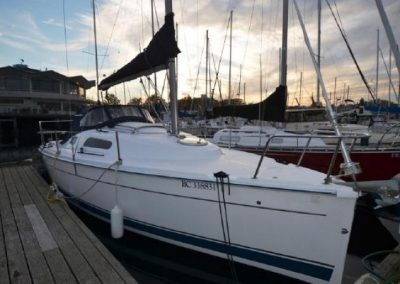Hunter 27 – SOLD