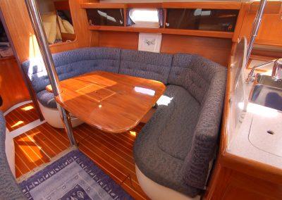 salon_starboard