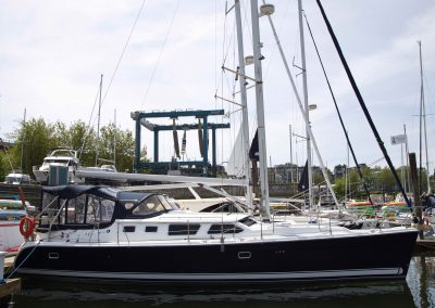 2007 Hunter 44 Deck Salon – SOLD
